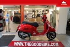 Scooter Vespa GTS300Super 2021 rosso - Scooter