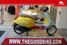 Scooter Vespa PrimaveraSeanWotherspoon125 2021 yellow - Scooter