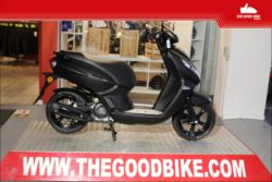 Cyclo Peugeot Kisbee45 BlackEdition 2021 black - Scooter