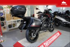 Kawasaki Versys 650 GT Grand Tourer 2021 back-red - Tour