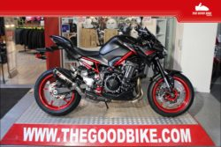 Kawasaki Z900 Perf 2021 black/red - Roadster